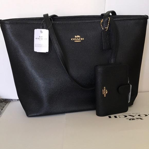 70e695270c 💕🎆coach Tote set🎆shoulder bag black set color